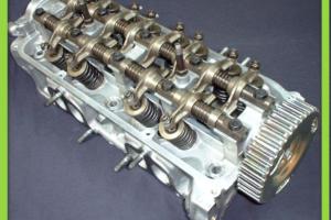 ロッカーアームとは・仕組み・摩耗・軽量化・カムシャフト
