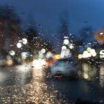 車・ライト・まぶしい・対向車・夜間・雨の日・雪の日・対策・ナイトサングラス・サンバイザー