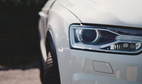 HIDやLEDヘッドライトにはオートレベライザーが必須