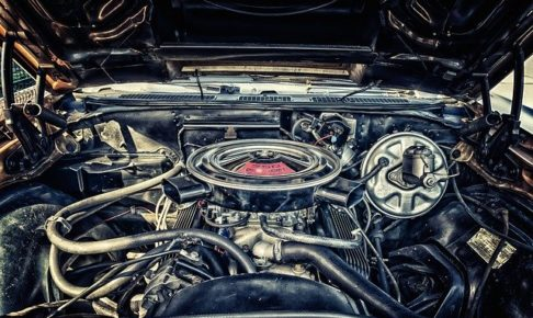 車・エンジンかからない・カチカチ・キーを回すとカチカチ