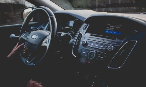 車・エアコン・仕組み・カーエアコン
