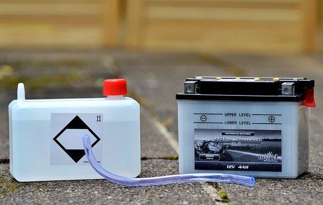 車・長期保管・バッテリー・外す