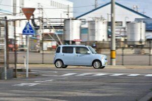 軽自動車・ハンドル・軽い