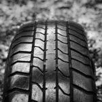 タイヤ・接地面・膨らみ