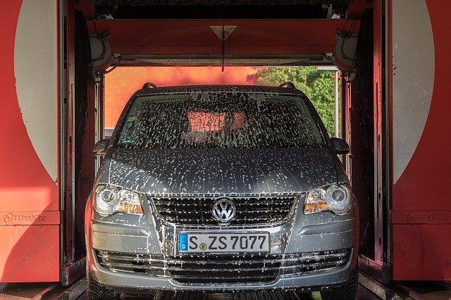 洗車 サイドミラー たためない